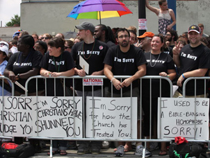 Chicago Christians Apologize to Gays
